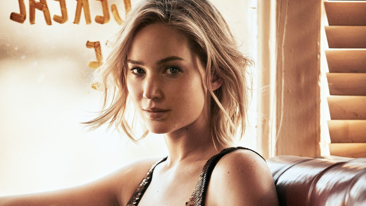 Jennifer Lawrence requests nude pictures investigation